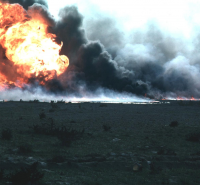 Burning oilfield during Operation Desert Storm, Kuwait // Author: Jonas Jordan, United States Army Corps of Engineers